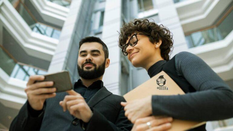 Desafíos Legales que enfrentan las Redes Sociales